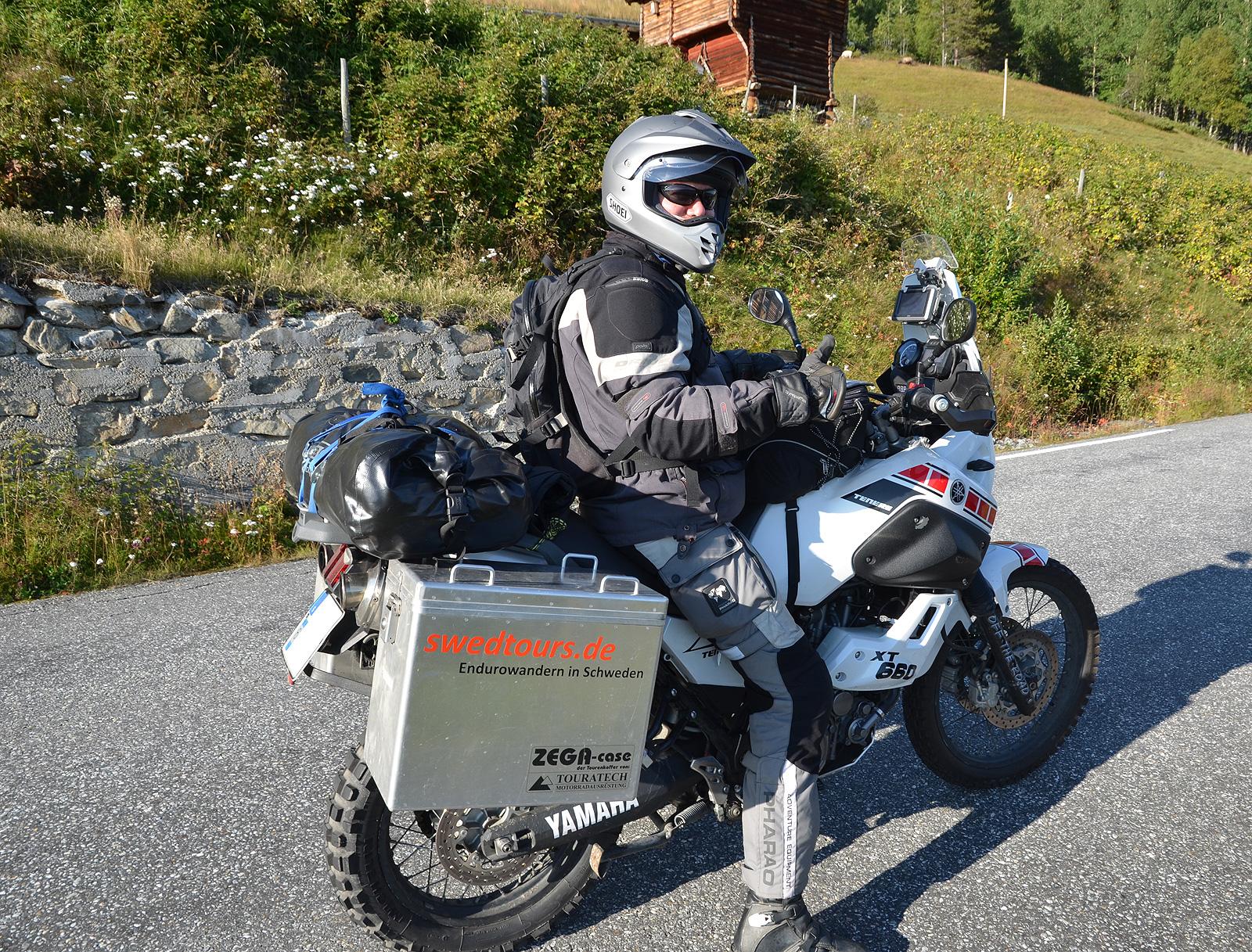 Roadside biker rendez-vous