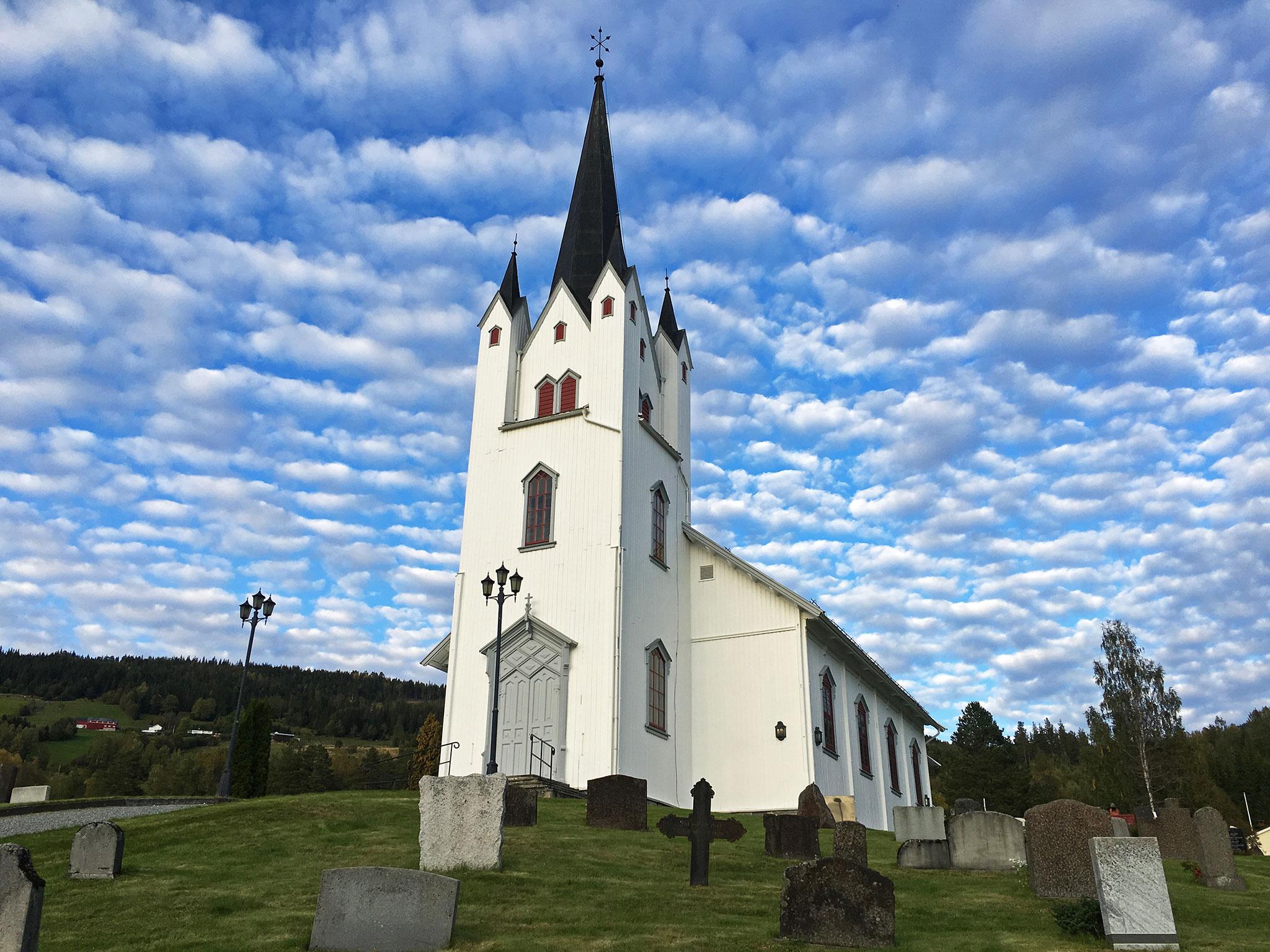Eggedal church & cool clouds