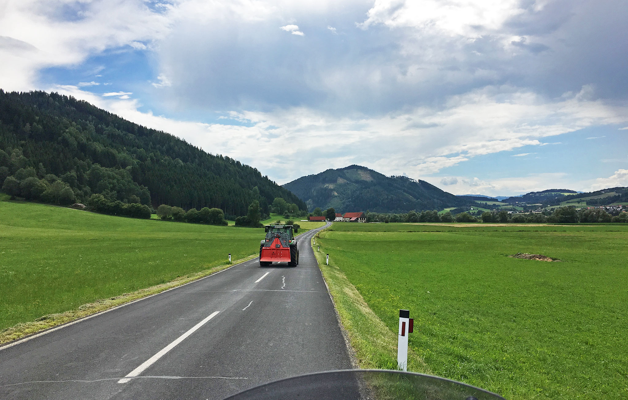 Smallways traffic in Austria