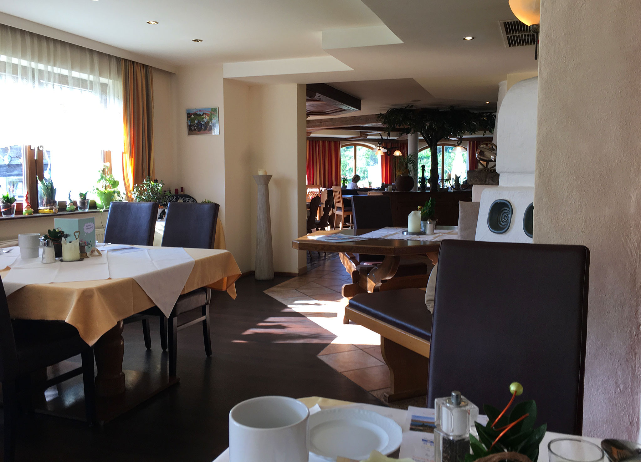 Breakfast hall at hotel Kornock