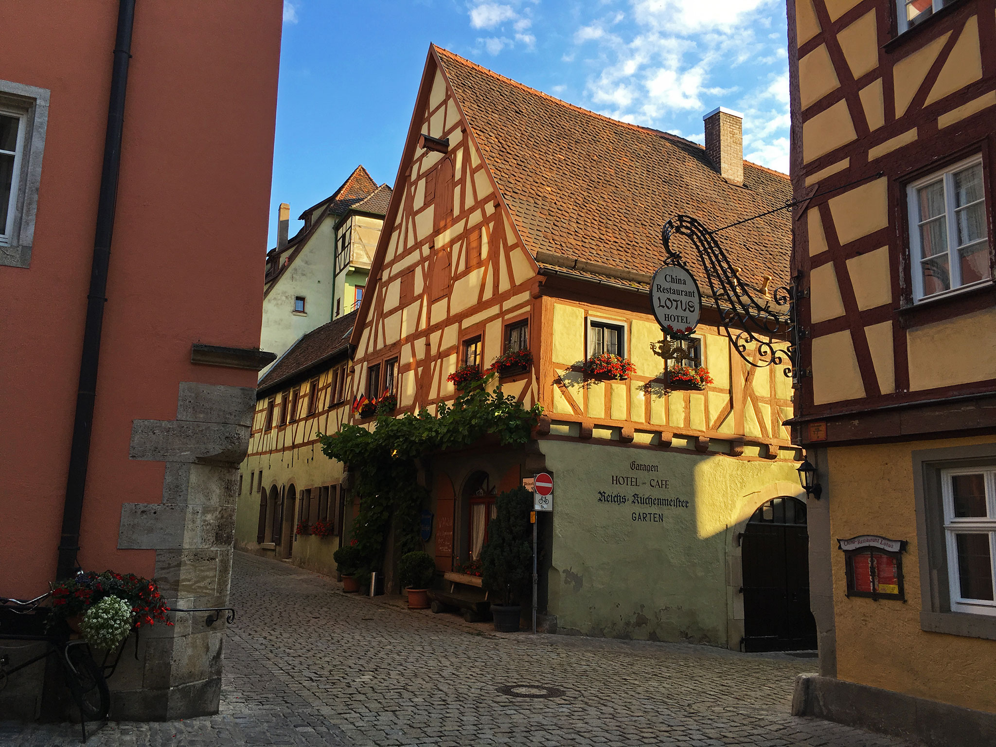 Rothenburg streets & buildings