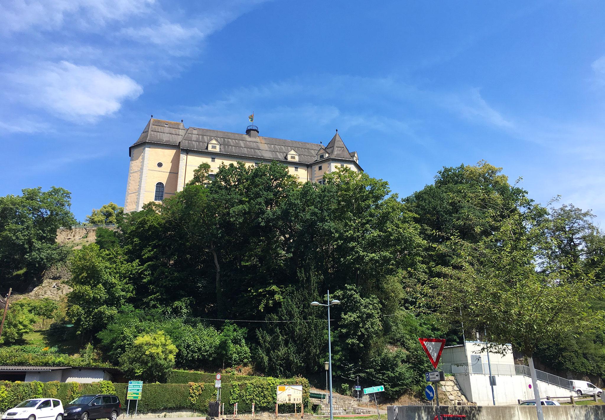Greinsburg Castle