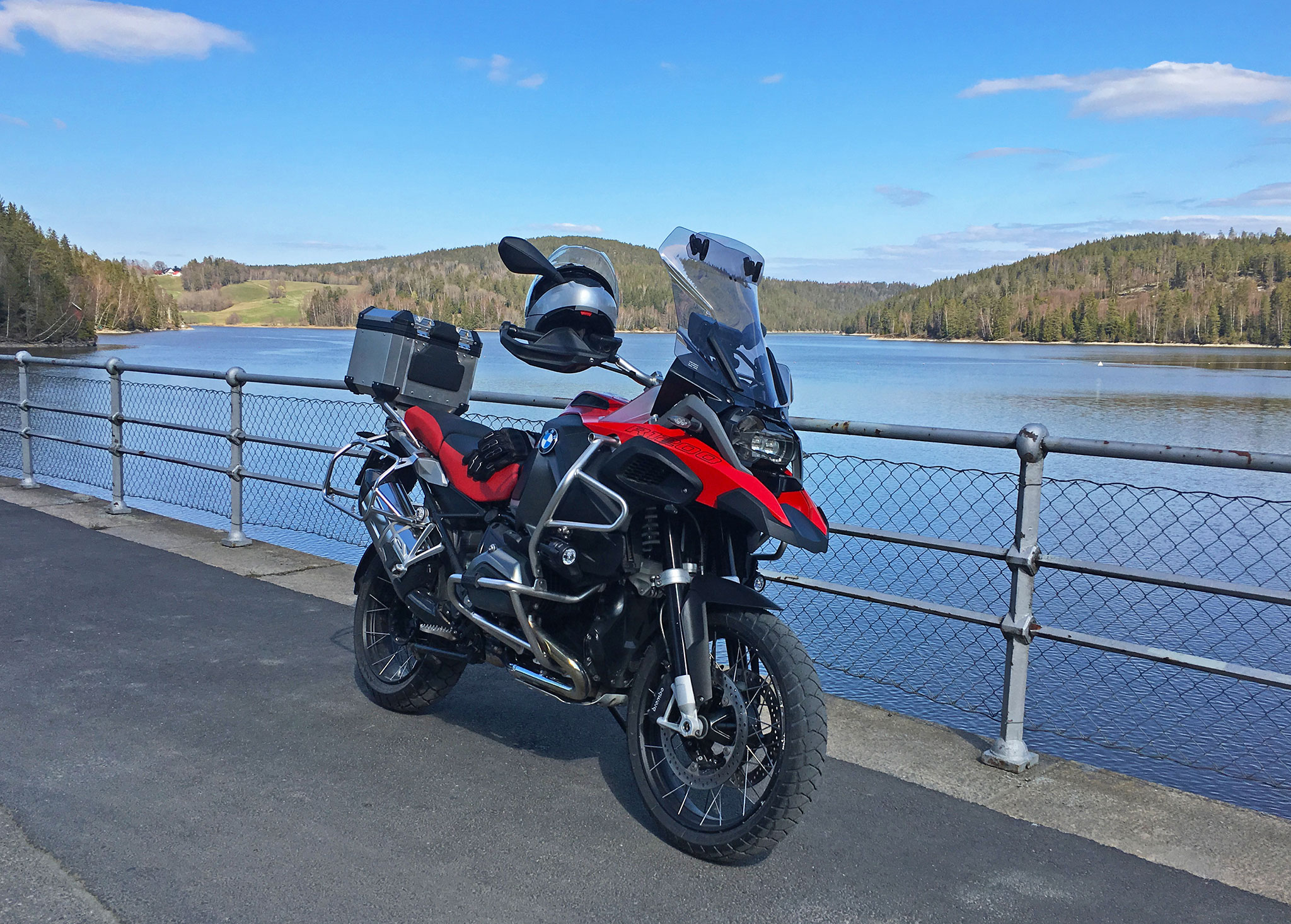 BMW GSA fitted with Michelin Anakee Adventure tires