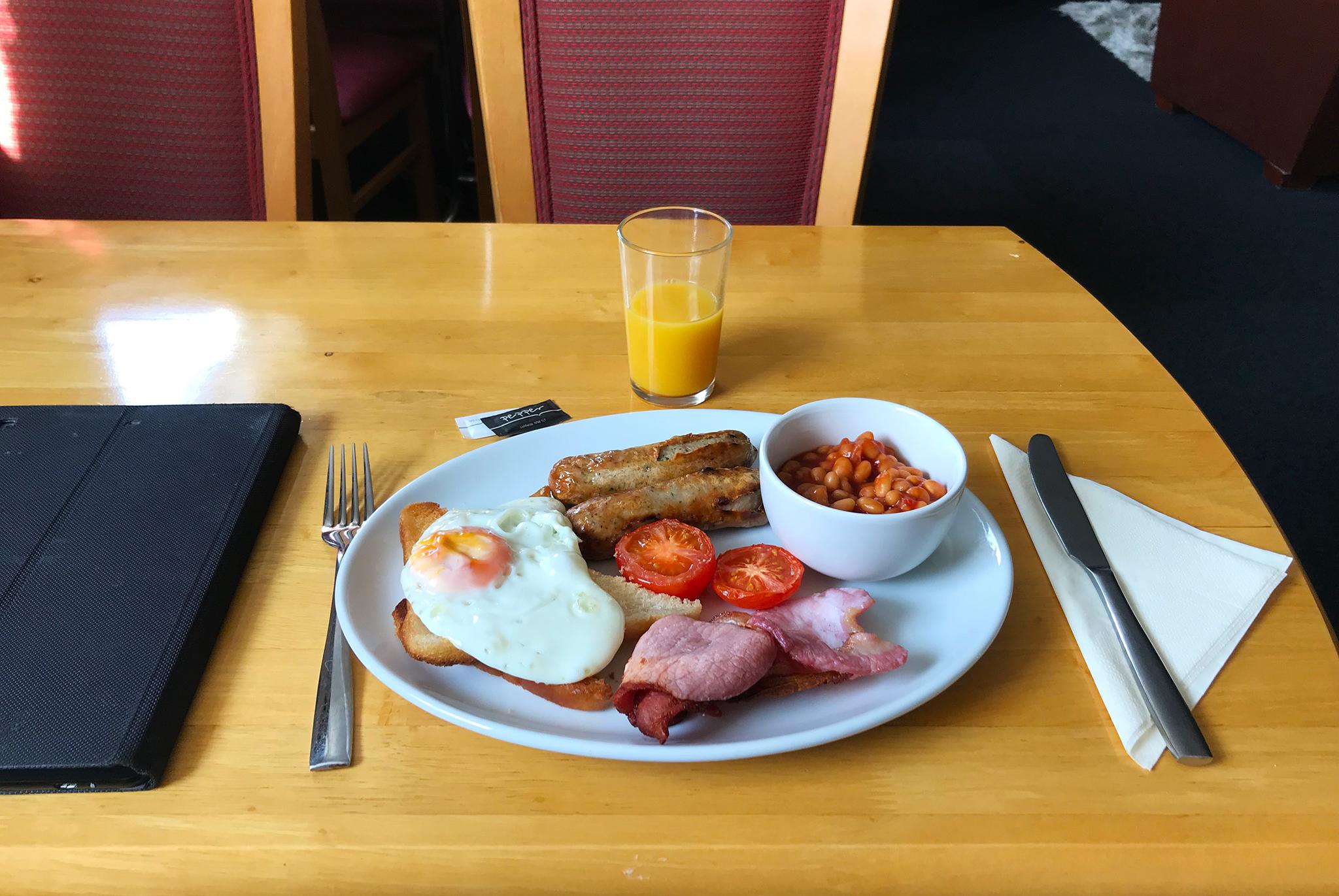 English breakfast light version. A rich Sunday breakfast by my standards!