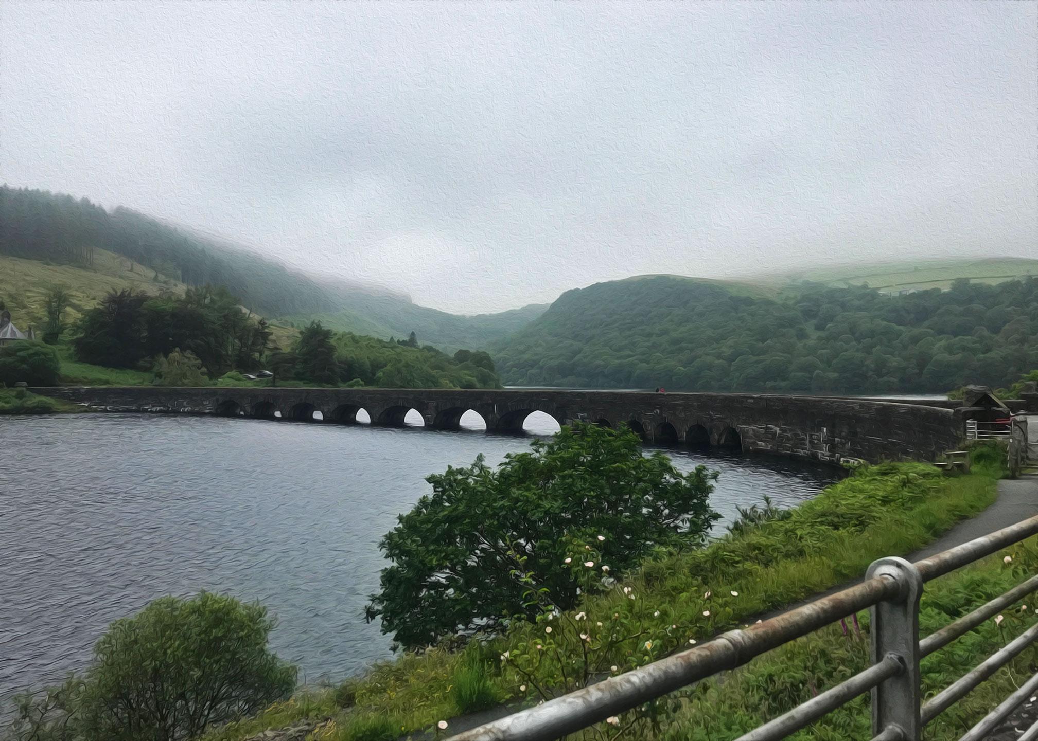 Mid Wales: Garreg-ddu reservoir