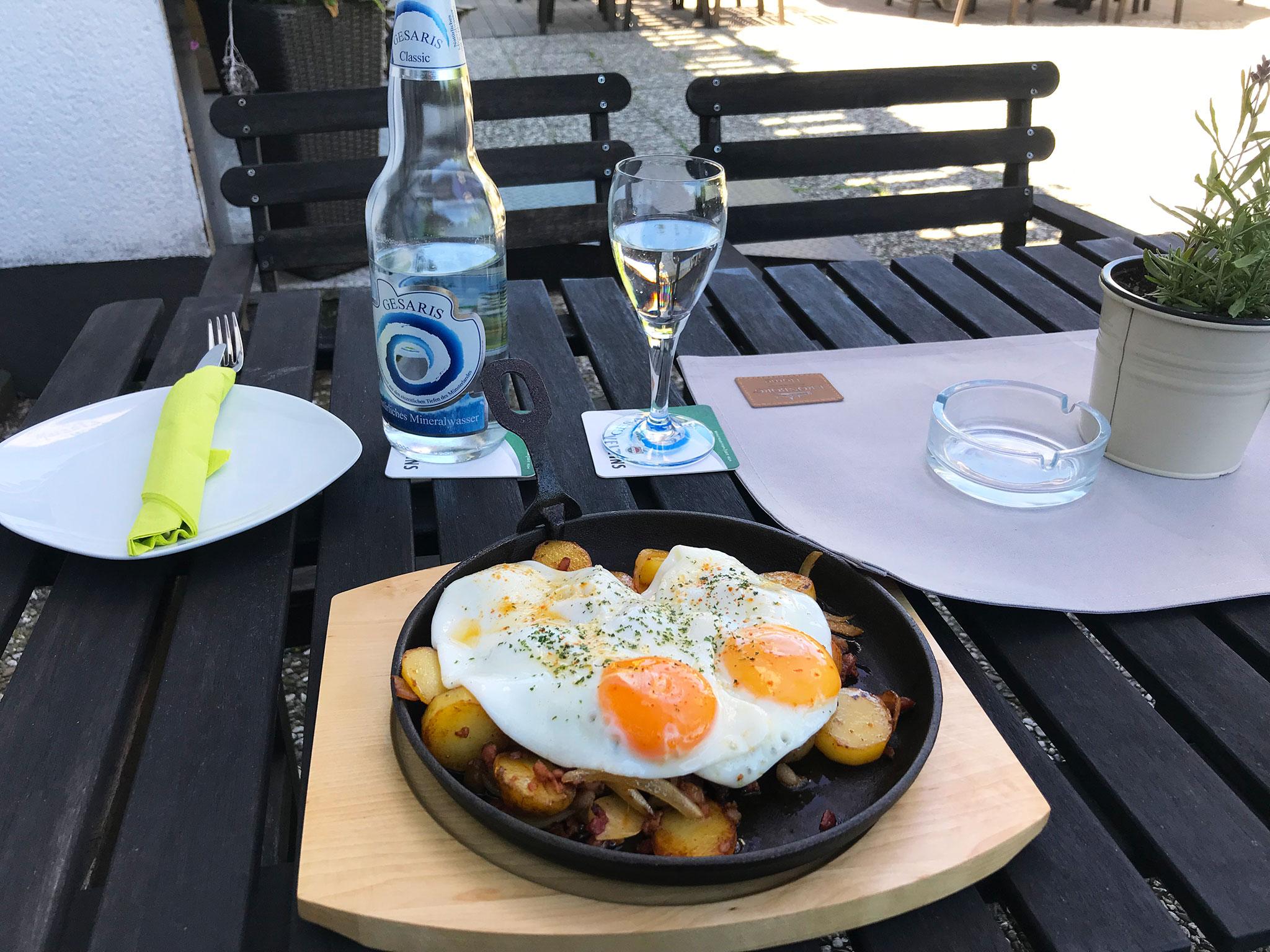 Lunch at Hennetaler Hof