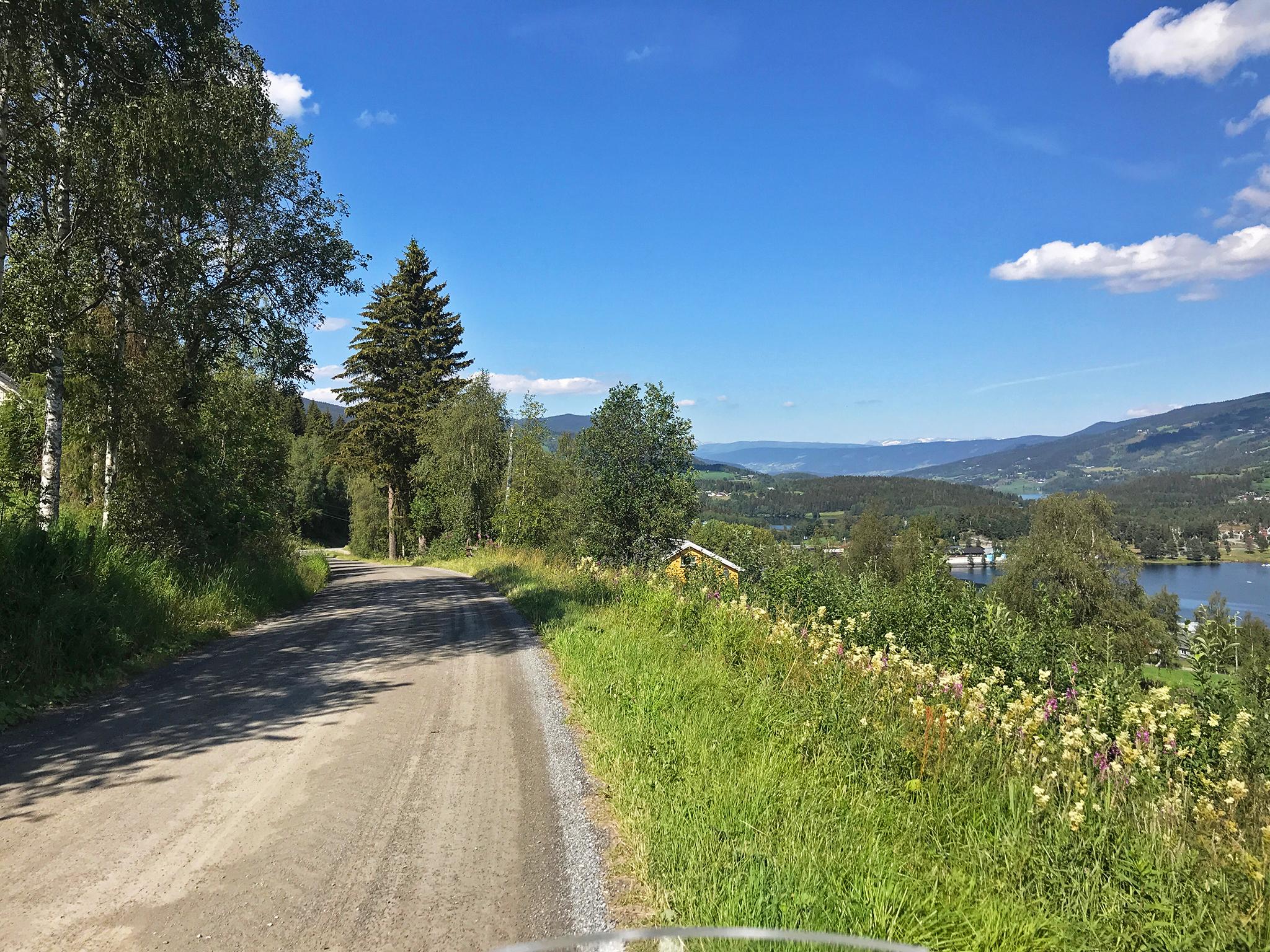 Gravel roads in Valdres