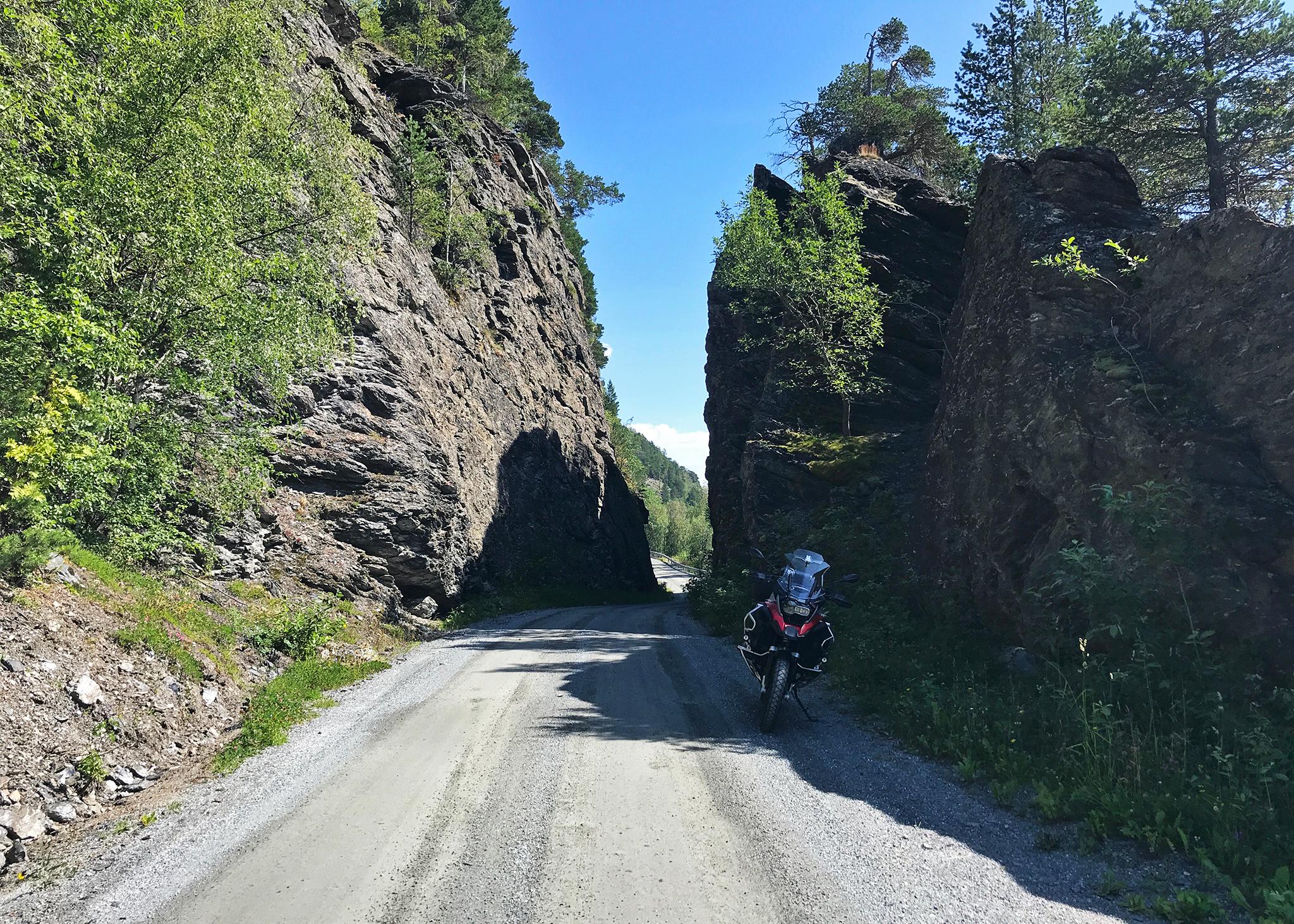 Jotunheimen next: along Vennisvegen in Valdres