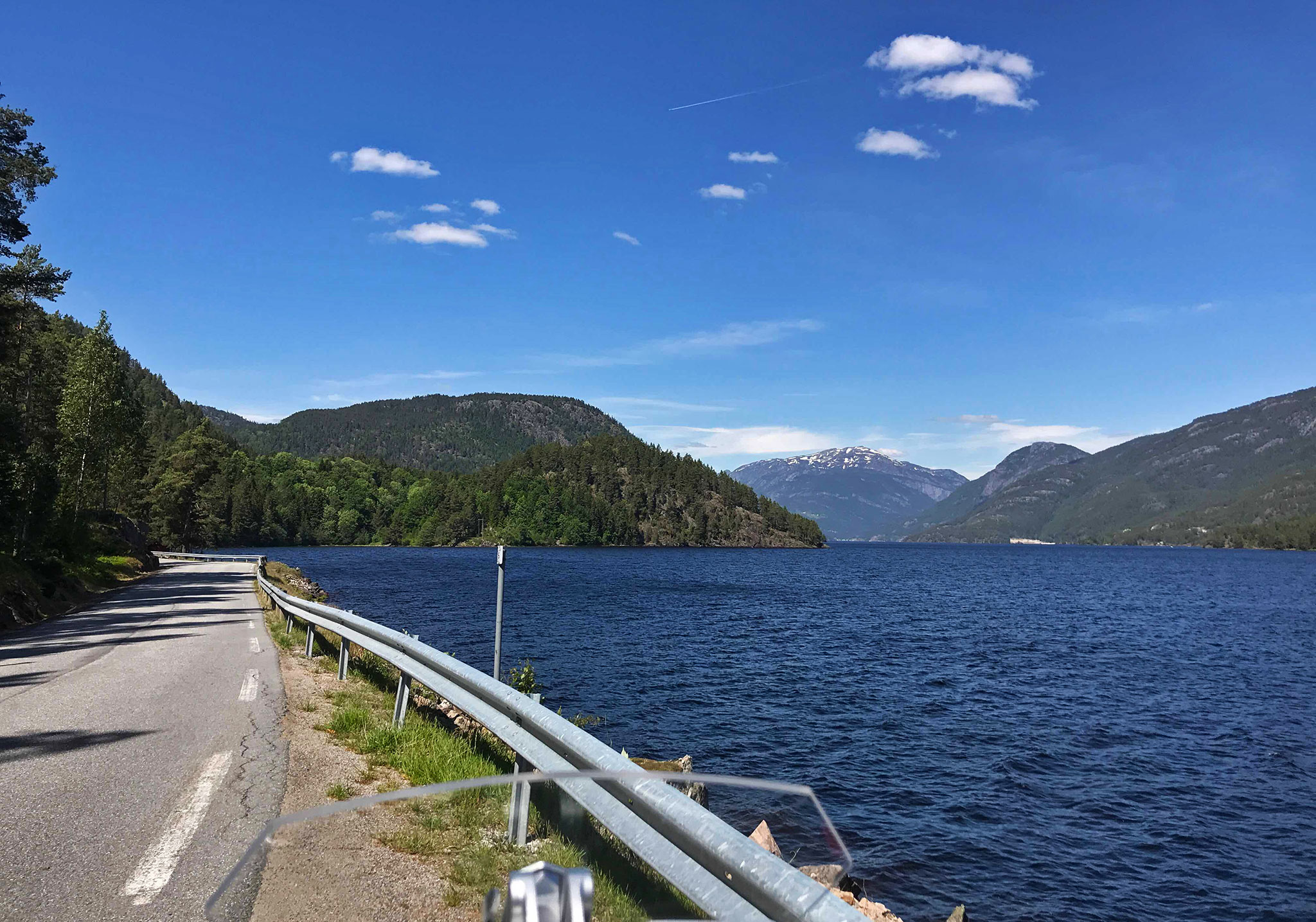 Before fate intervened: along Seljordsvatn (Seljord lake)