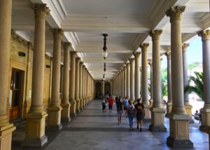 Karlovy vary passage
